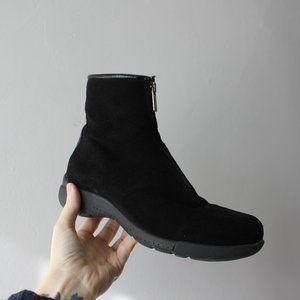 La Canadienne Black Suede Zip winter Boots